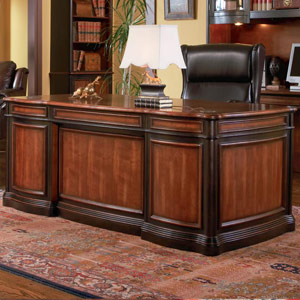 Genial Traditional Grand Style Office Desk