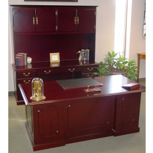 Topaz-Desk-Set-in-Showroom