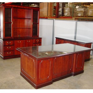 OFS-Executive-Glass-Top-Des