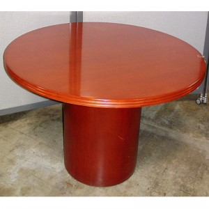reeded-edge-Cherry-table